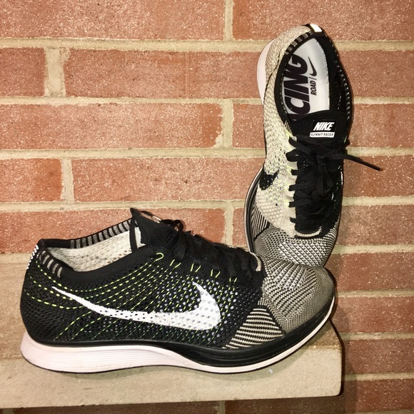 57f43b7611372 Nike Flyknit Racer Oreo 2.0 Men s Size 13 running.  M 5b10b2c8409c1577d82053fe
